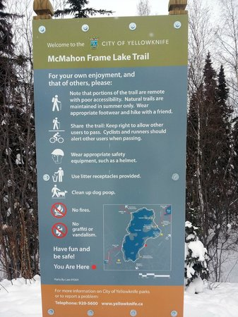 Frame Lake Trail: Trailhead Sign