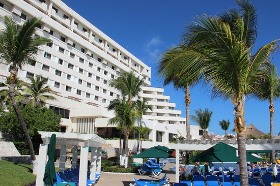 GR Caribe by Solaris: Solaris By Cancun