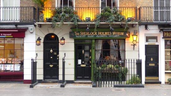 Marylebone: Sherlock Holmes Museum on Baker Street