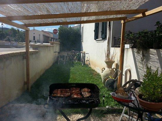 B&B Rotta per Tavolara: Barbecue a Rotta per Tavolara!