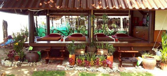 Sea Sand Sun Resort: The Expert Massage & Spa The best one place massage in Klong Khong beach. Clean & peaceful plac