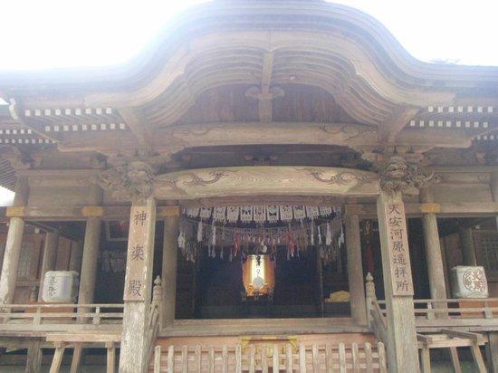 Amano Iwato Shrine: 神楽殿