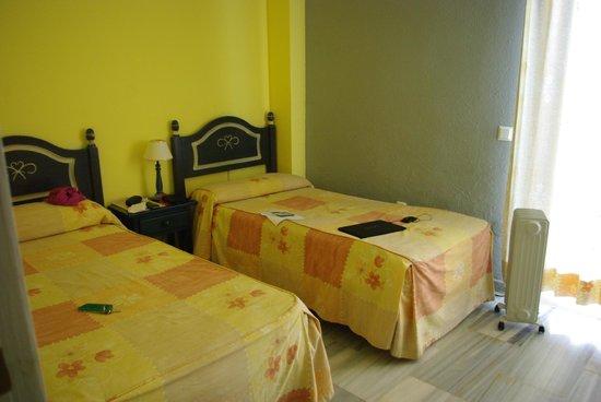 Ona Campanario: Спальня