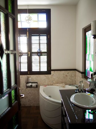 Hotel Penaga: Bathroom