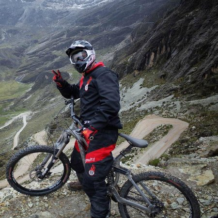 Gravity Assisted Mountain Biking : Great switchbacks down the Chalkantaya trail