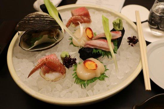 Niseko Konbu Onsen Tsuruga Besso Moku no sho: Beautiful Sashimi