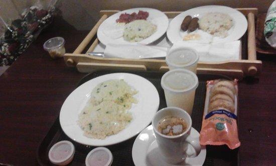 Orion Hotel: breakfast