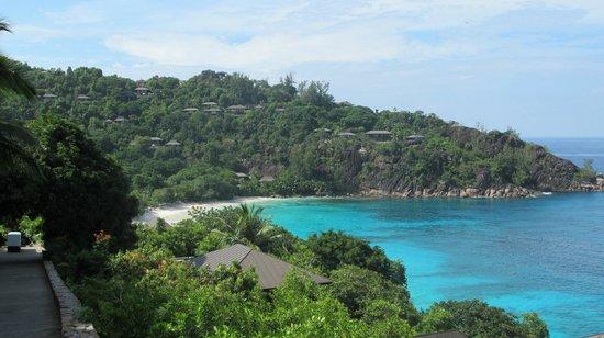 Petite Anse : Вид на пляж сверху
