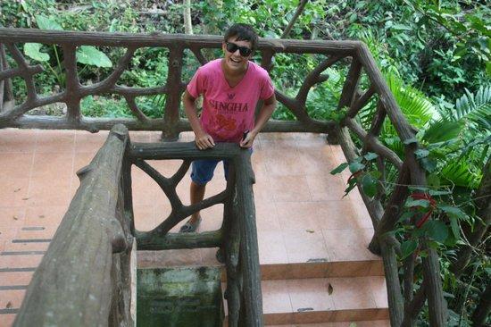 Ao Nang Pearl: лестница на 2 этаж