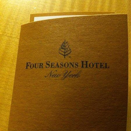 Four Seasons Hotel New York: Key wallet