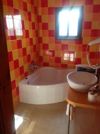 Apartamentos Poniente Playa : Bathroom