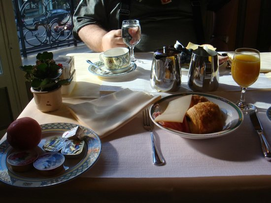 Hotel Longemalle: Европейский завтрак