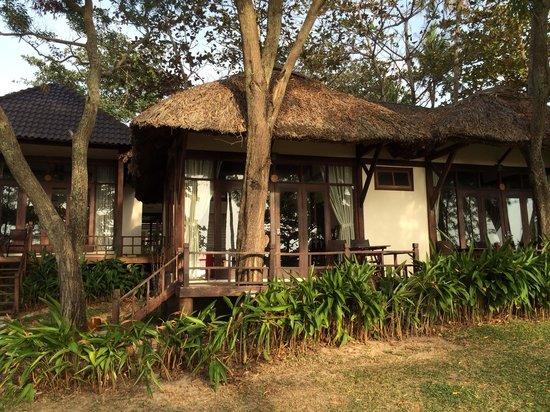 Arcadia Phu Quoc Resort: Beach front bungalow