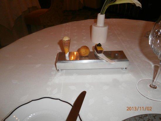Gordon Ramsay au Trianon: fun appetizer