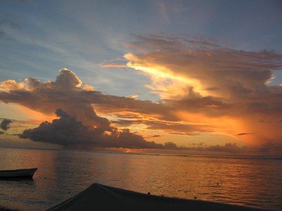 The Bay : coucher de soleil depuis la terrasse