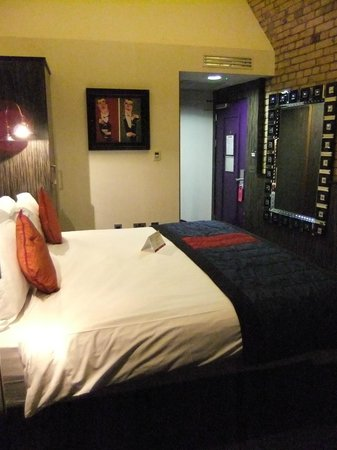 Trinity City Hotel: Bedroom