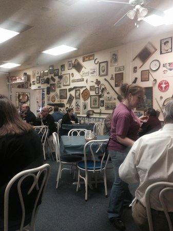 Bluebonnet Cafe: Bluebonnet Dining Room
