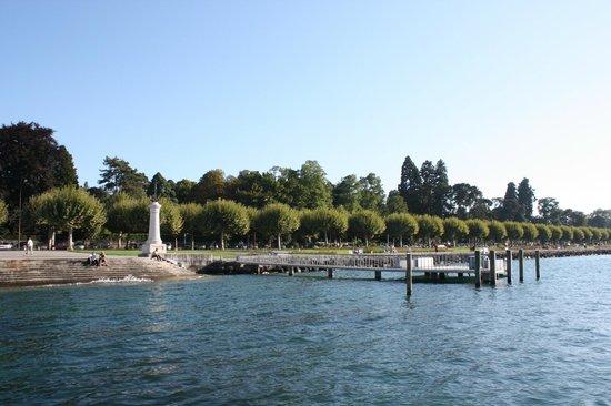 Lac Léman (Lac de Genève) : Парк на берегу