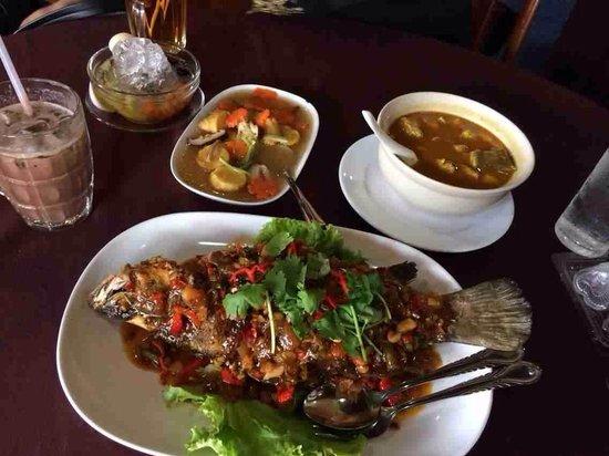 Wan Thai: Yummy