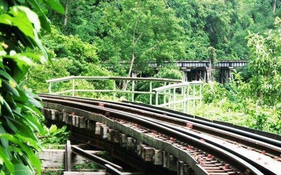 Tham Kra Sae Bridge : Tham Kra Sae