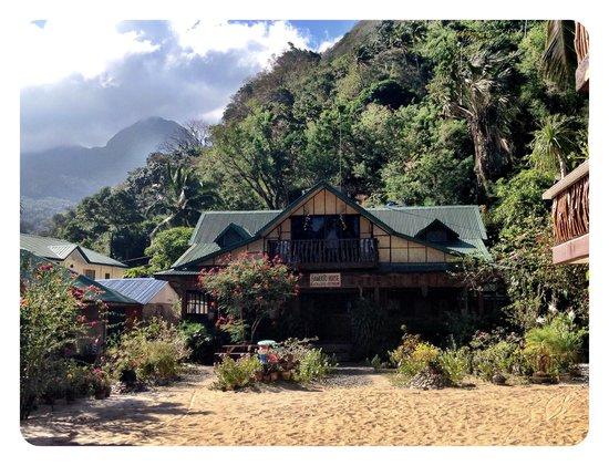Bamboo House Beach Lodge & Restaurant: Bamboo House