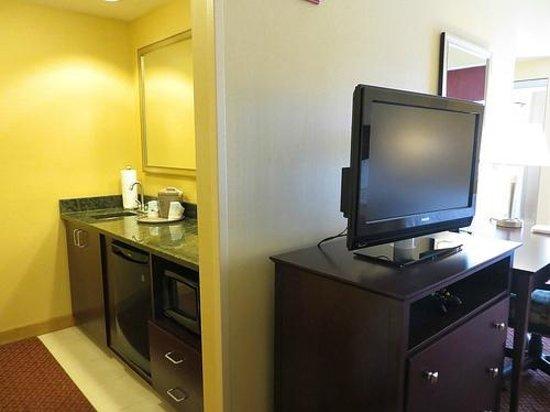 Hampton Inn & Suites Providence Downtown : Hampton Inn & Suites Room #1009