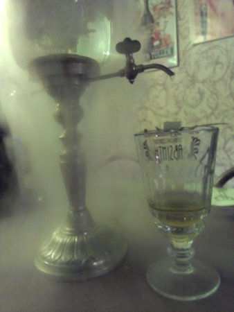 Absintherie: French style