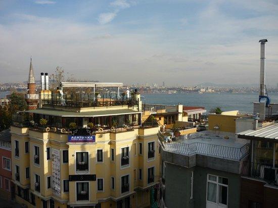 Star Hotel Istanbul: Zicht vanaf dakterras