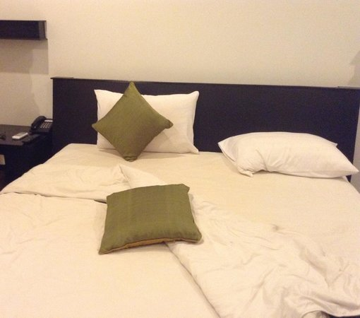 The Moon Boutique Hotel : Bed