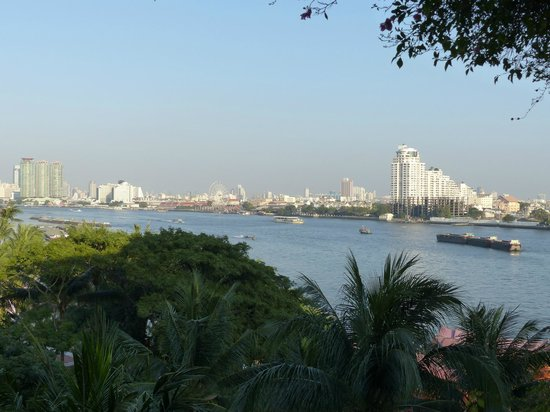 Anantara Riverside Bangkok Resort: Blick vom Balkon