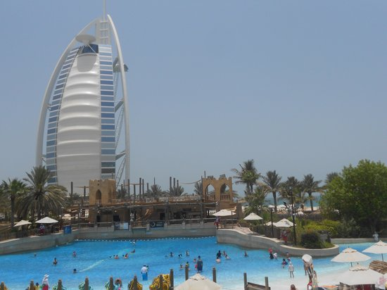 Sheraton Jumeirah Beach Resort: Burj al Arab ( wild wadi )