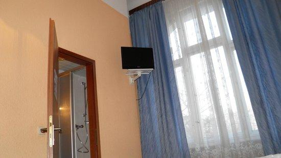 Hotel Pension Spree: Televisione