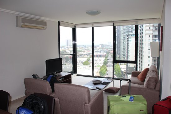 Melbourne Short Stay Apartments Southbank Collection: lounge room
