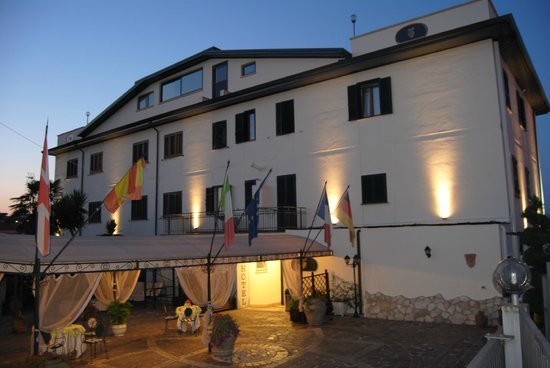 호텔 네스폴로 디오로