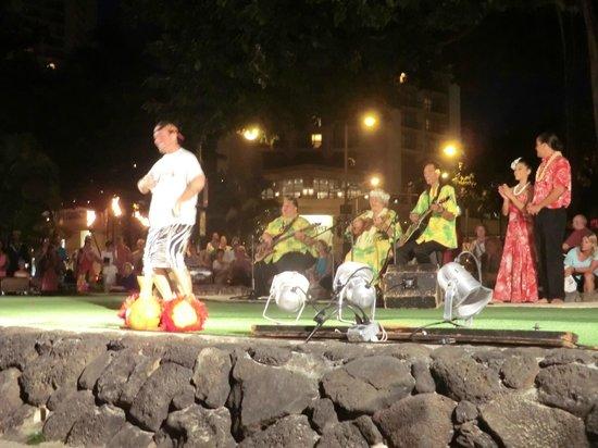 Kuhio Beach Torch Lighting & Hula Ceremony: guy from Canadian hula troop