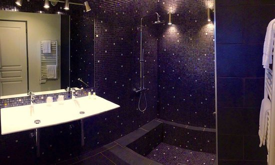 Pozzo di Mastri: La salle de bain