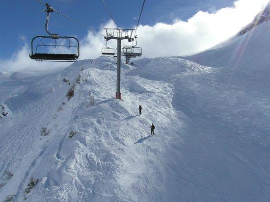 Chalet Hotel Bel 'Alpe: View of Snow Crosses in Avoriaz