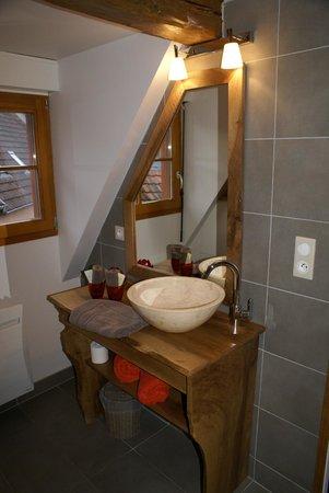 La Maison d'Emilie: la salle de bain