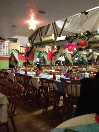 The Gurkha: Inside, we were nearly the last table to leave lol