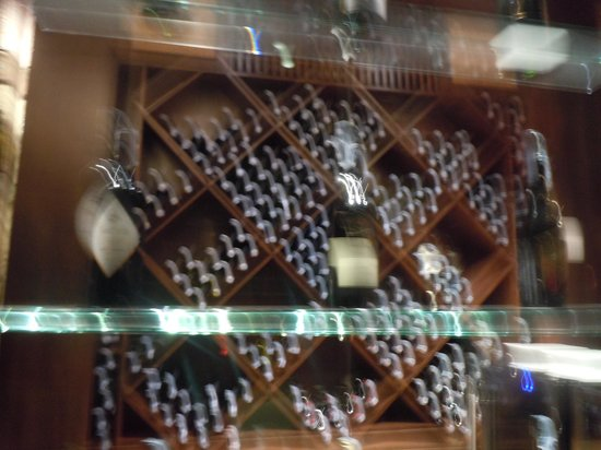 Jamahkiri Resort & Spa: Wine Rack!