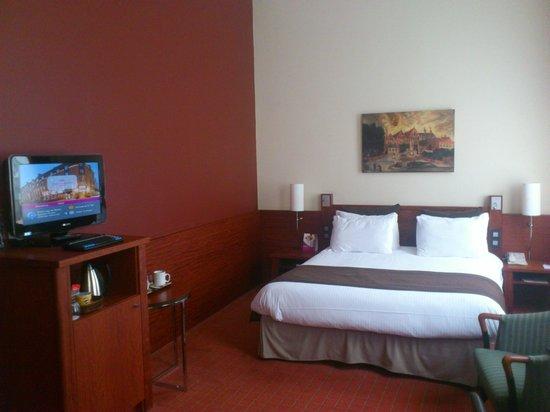 Crowne Plaza Brugge: chambre