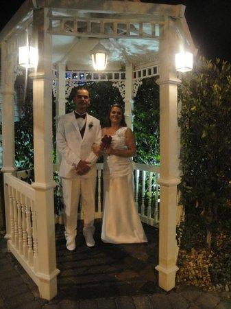 A Storybook Wedding Chapel : Após a cerimônia