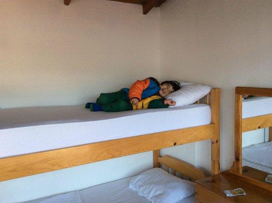 Ferah Pension: Bunk bed