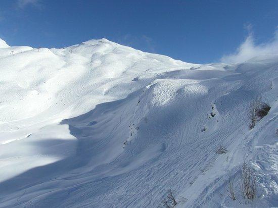 Station de ski d'Avoriaz : View of Snowcrosses from TSD Fornet, Avoriaz