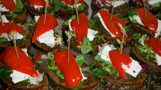 Radisson Hotel Kaliningrad: Afternoon coffe break: sandwiches