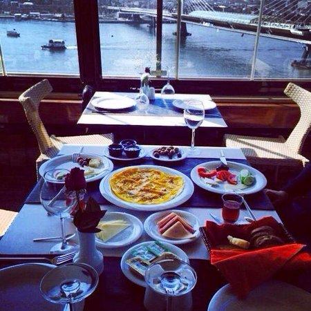 Istanbul Golden City Hotel: Kahvaltı