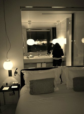 Meliã Barcelona Sky: The room - elegant and stylish