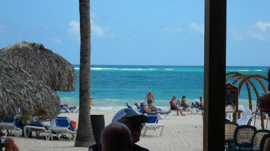 Caribe Club Princess Beach Resort & Spa : desde bar de playa