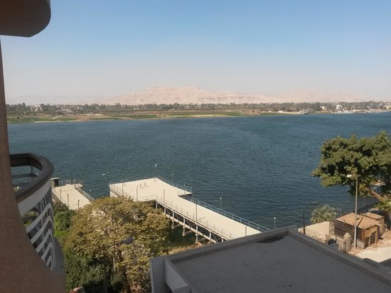 Sonesta St. George Hotel Luxor: Balcony View, Side Nile View
