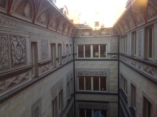 Aria Hotel Prague by Library Hotel Collection: innvendig på hotell Aria, håndmalt